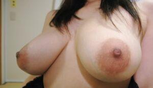 news4vip 1615091119 2003 300x174 - 【画像】 女を乳だけで判断しない方がいい